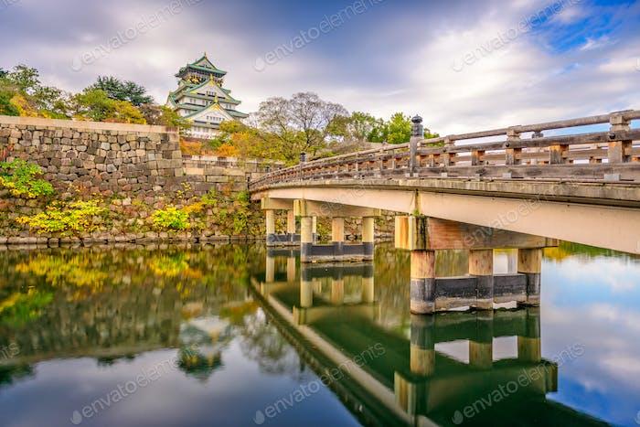 Osaka, Japan bei der Burg Osaka