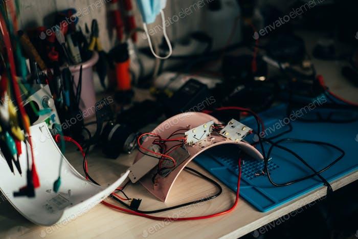 Reparatur von Elektrogeräten im Servicecenter. Reparatur von minderwertigen Geräten