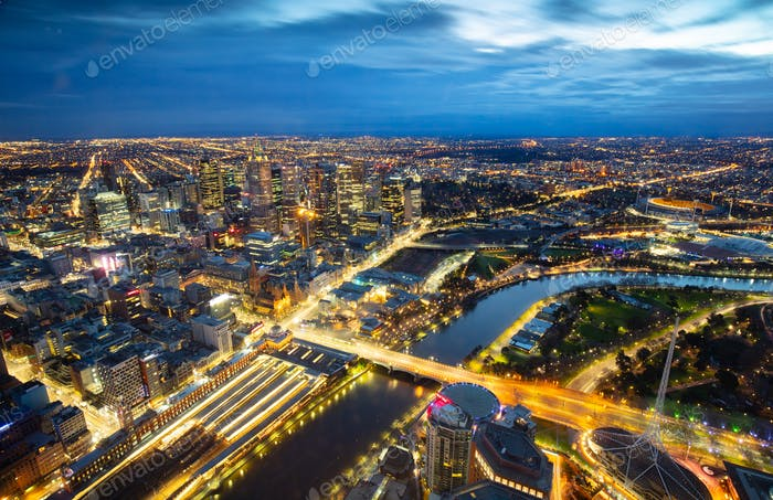 Melbourne City bei Sonnenaufgang
