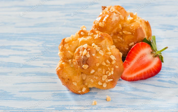 Profiteroles with nuts