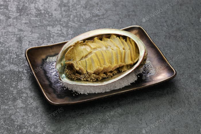 steamed abalone with sake, japanese cuisine