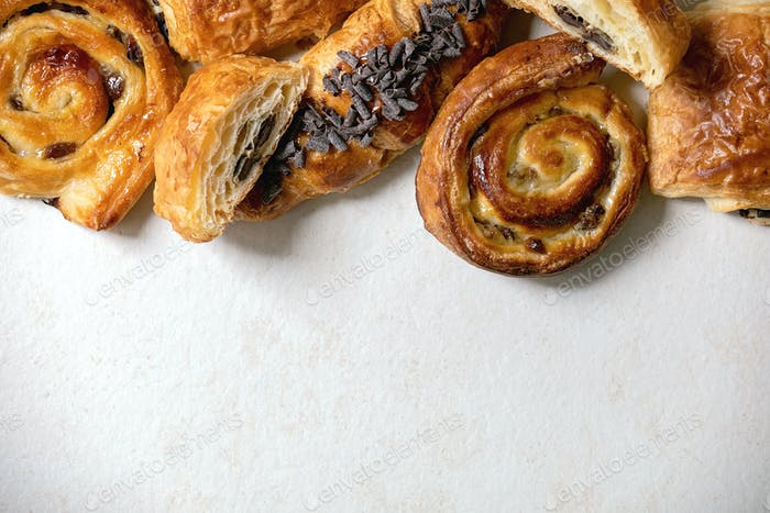 Puff pastry buns and croissant