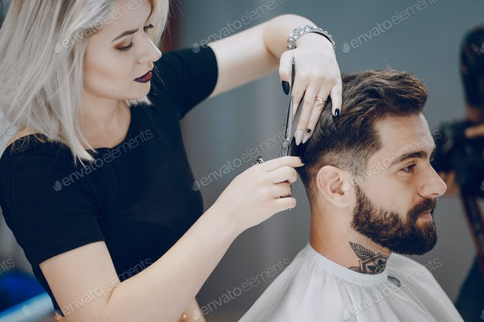 guy in the barbercos
