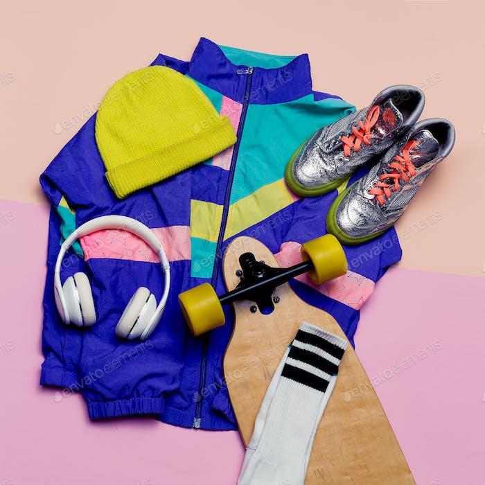 Vintage sportswear. Skateboard style. Fashion blogger help. Top