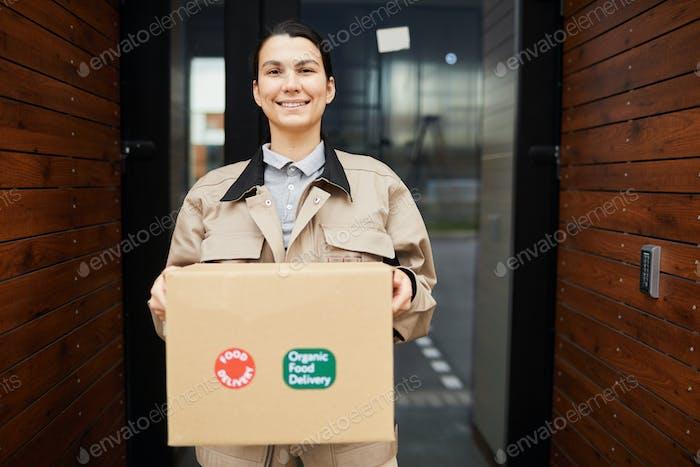 Frau Lieferung Paket
