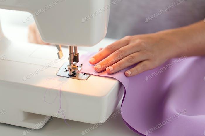 sewing machine presser foot stitching fabric