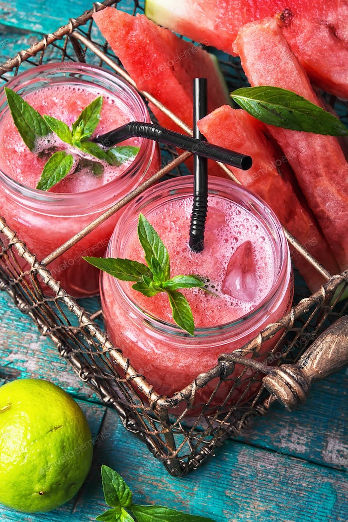 Thumbnail for Smoothies with watermelon