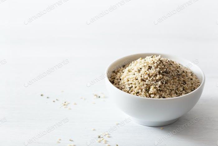 geschälte Hanfsamen, gesunde Superfood Ergänzung