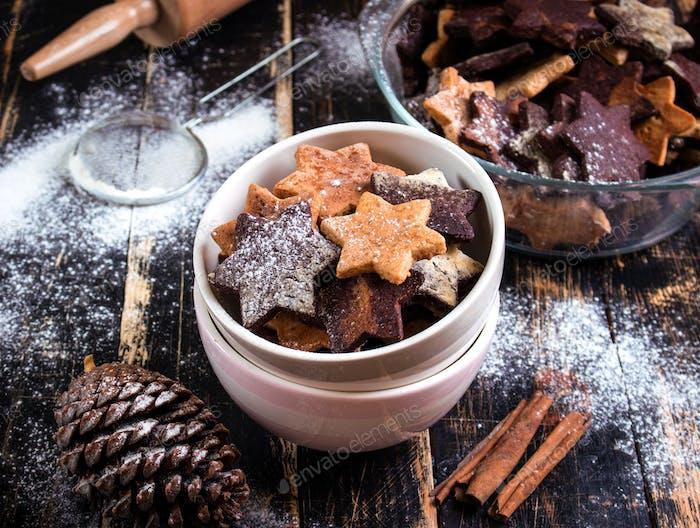 Weihnachten Ingwer Kekse auf Teller