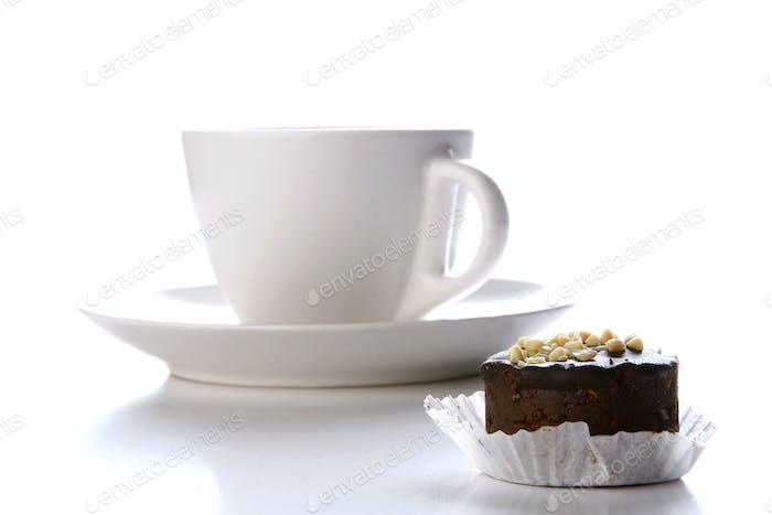 Dessert Fruchtkuchen mit schwarzem Kaffee