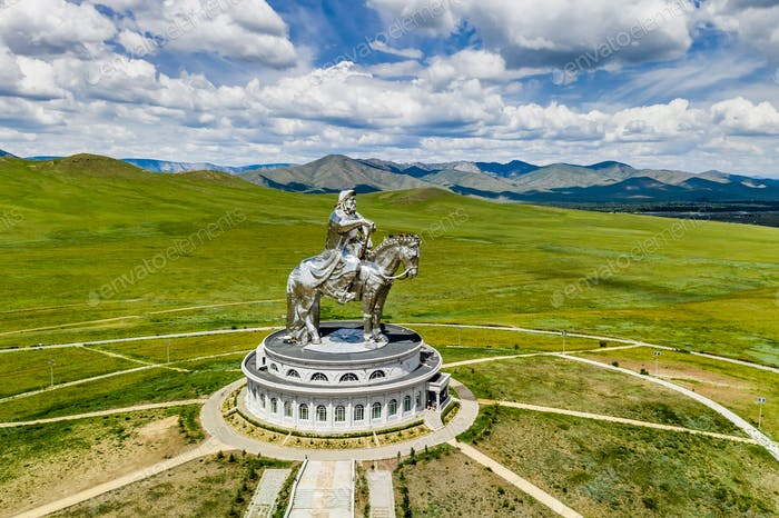 Dschingis Khan Denkmal in der Zonjin Boldog Mongolei