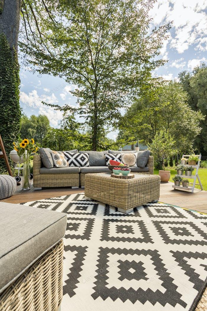 New style villa patio