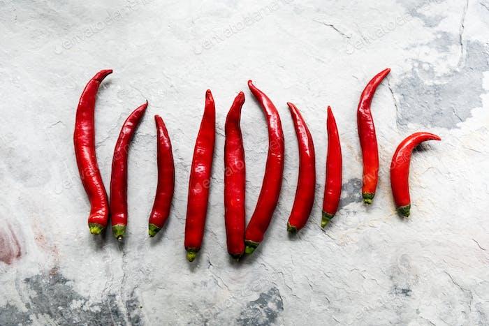 Luftaufnahme von Cayenne Chili Paprika auf Grunge Hintergrund