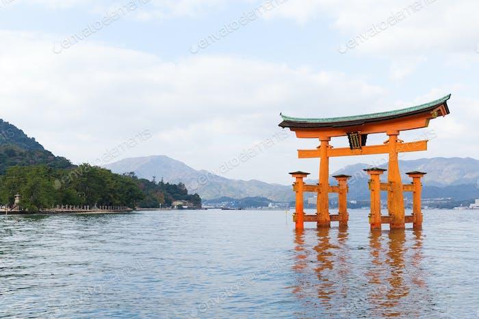 Itsukushima shrine japan miyajima torii gate