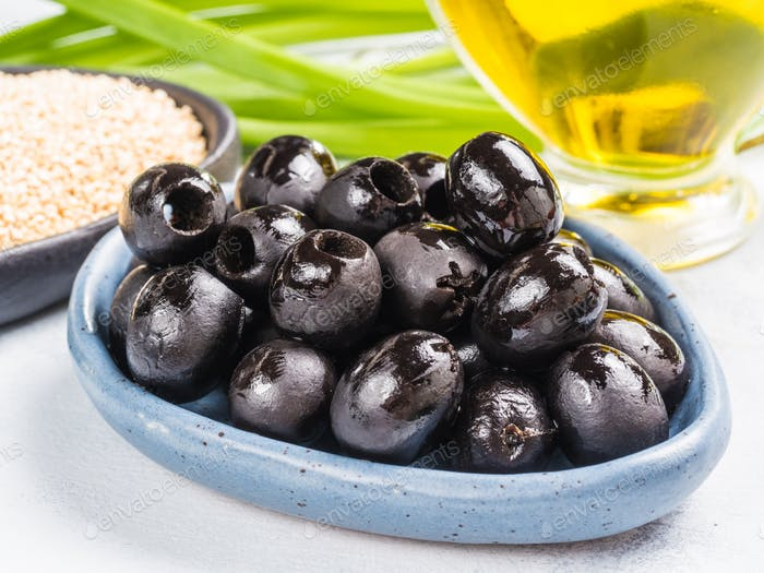 black olives in blue plate