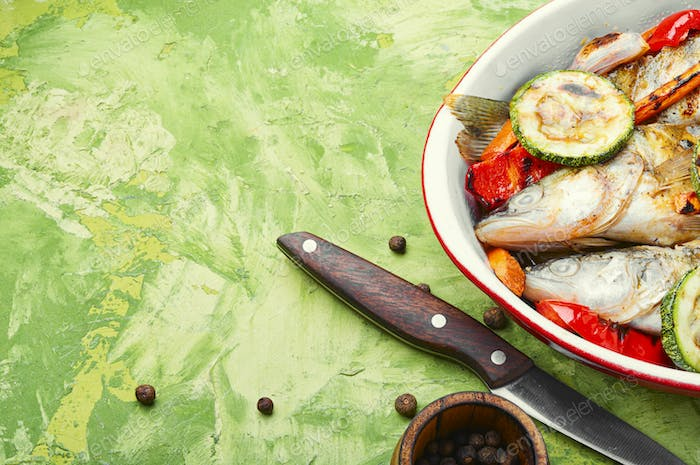 Grilled fish with vegetable