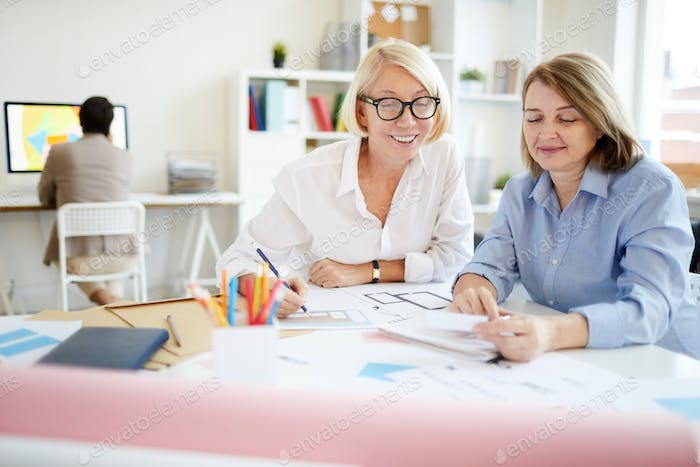 Two Modern Businesswomen