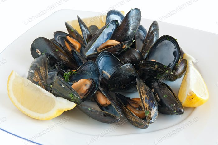 dish with mussels