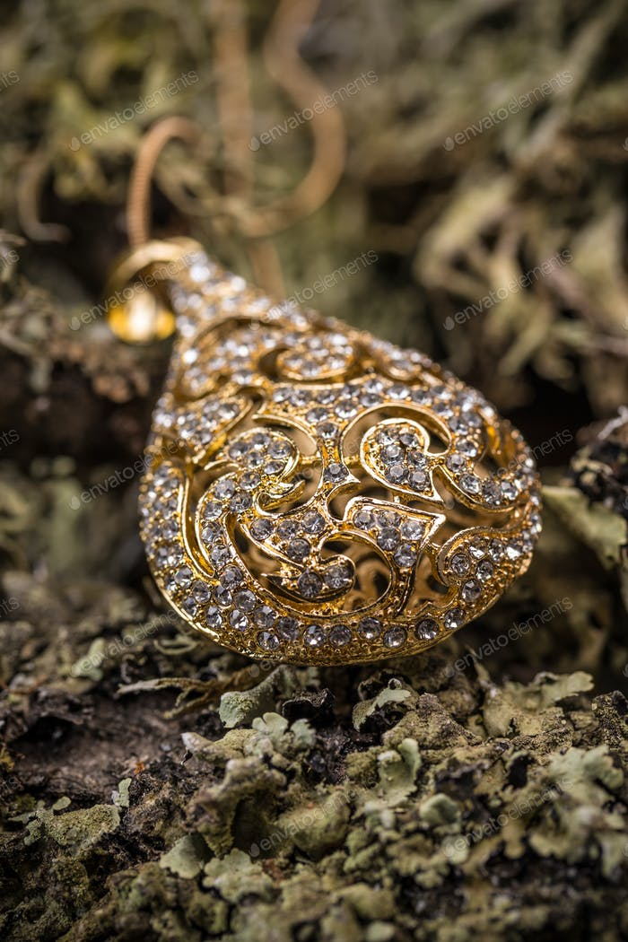 Goldplated pendant