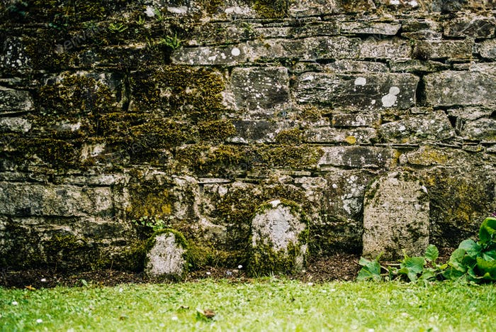 The Three Bear's Gravestones