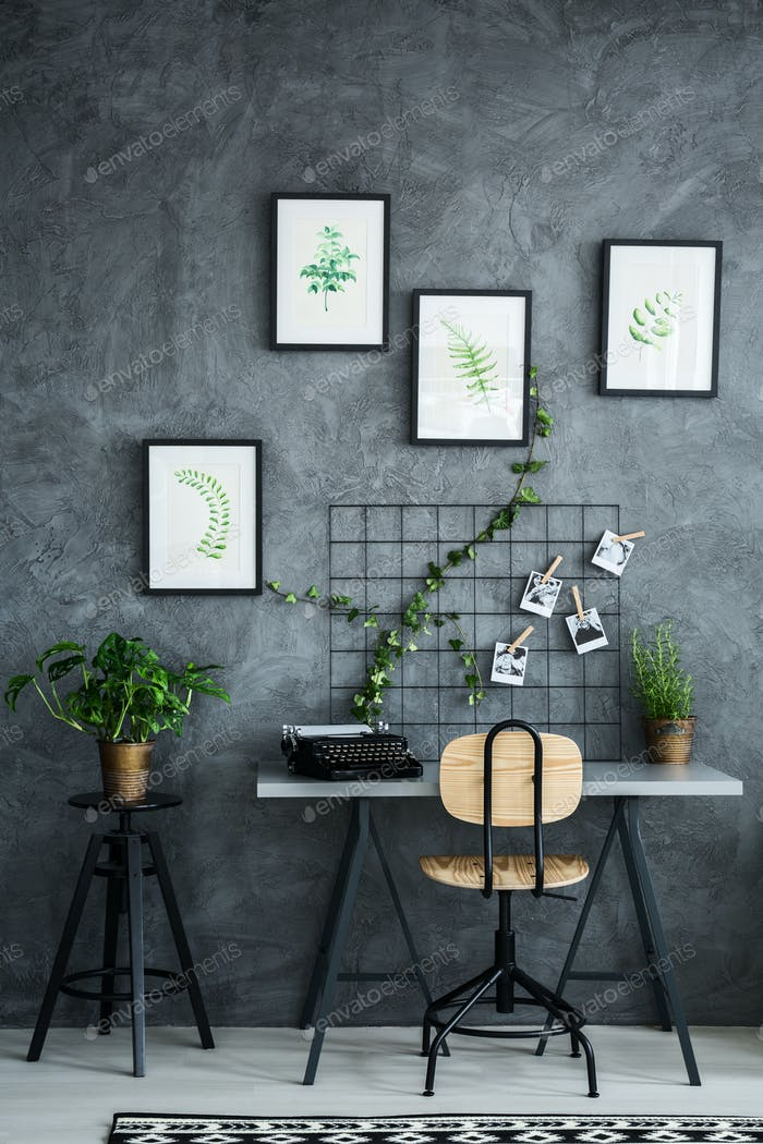 Flat decorated with plants
