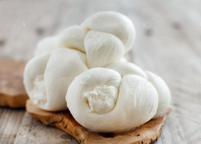 Italian cheese braided Mozzarella
