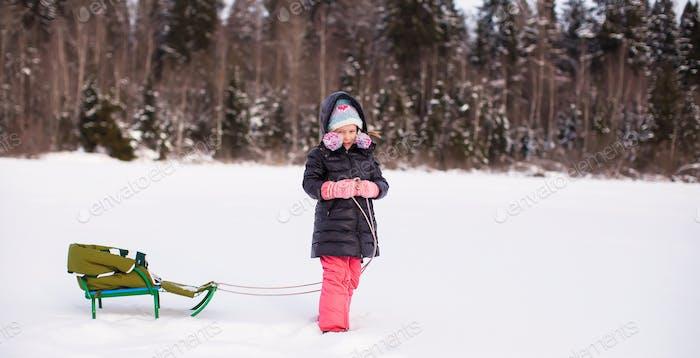 Diversión de invierno en la infancia