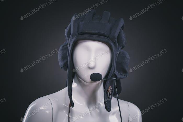 Helm auf Schaufensterpuppe