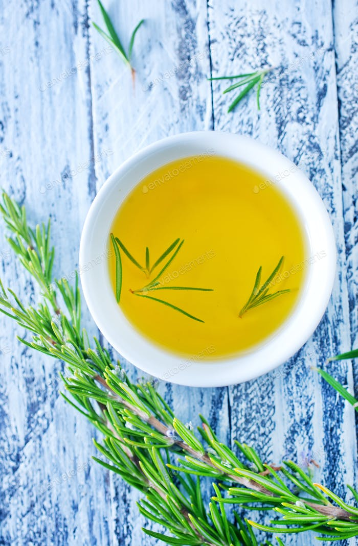 oil with rosemary