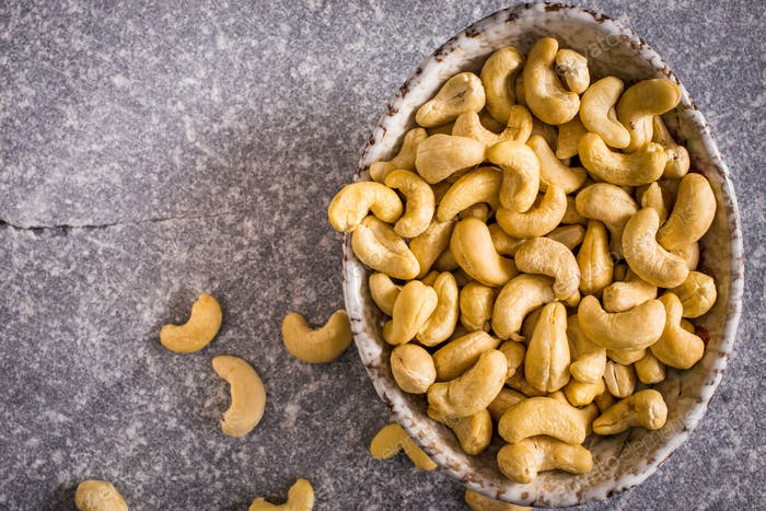 Bowl of cashew above