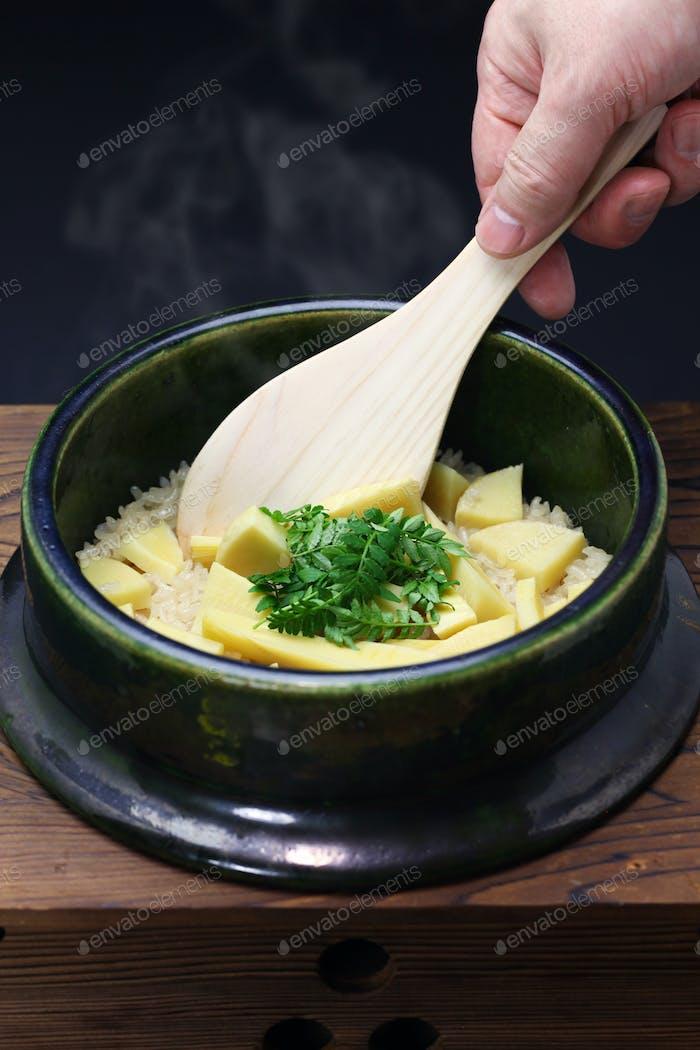 Bambus schießt Reis, Takenoko Gohan, japanisches Essen
