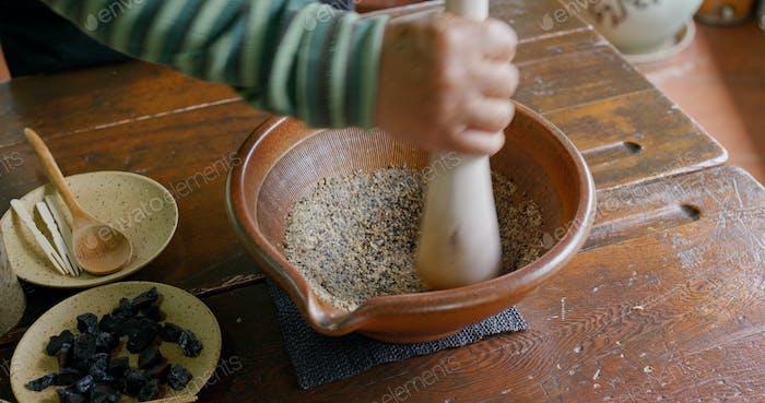 Machen Sie aus chinesischen gemahlenen Tee, Hakka Lei Cha