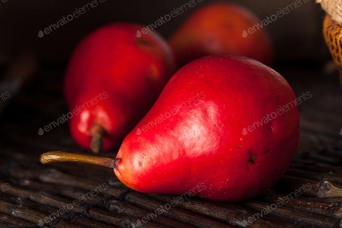 Rohe Bio Rote Birnen