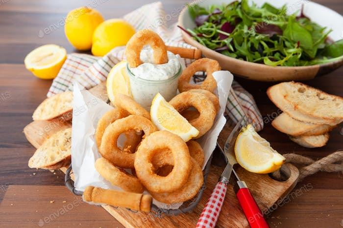 Crispy fried calamari rings