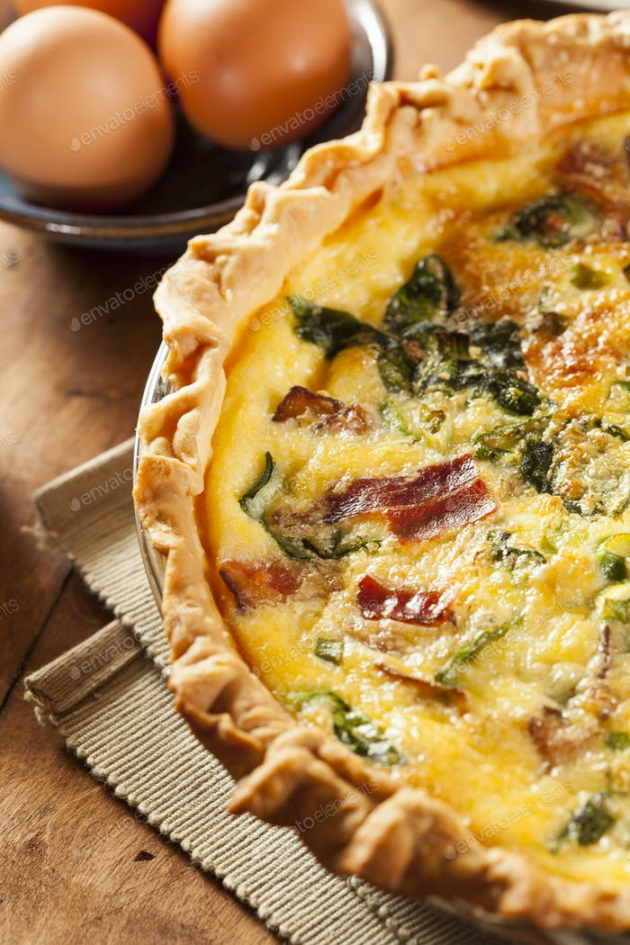 Homemade Spinach and Bacon Egg Quiche