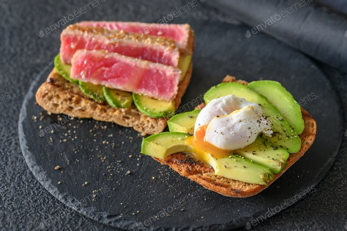 Sandwich with tuna and egg