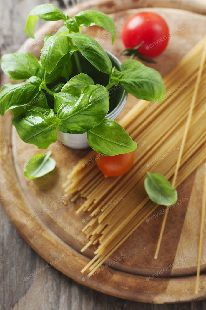 Konzept der italienischen Küche mit Pasta