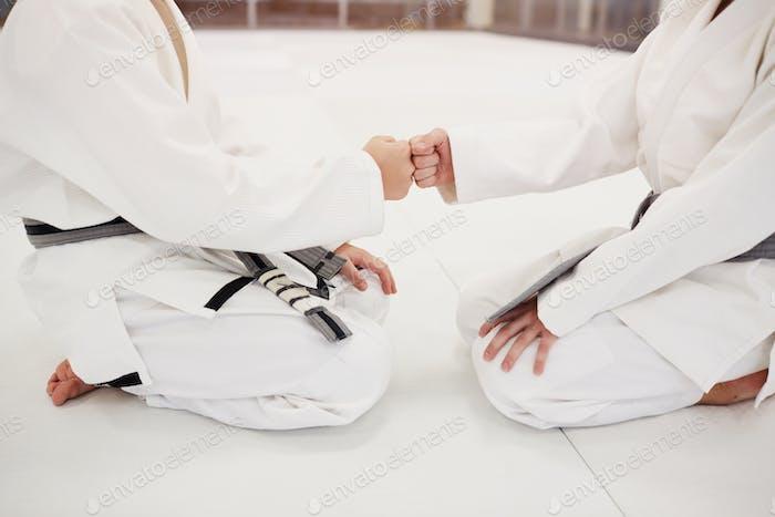 Handshake before fighting