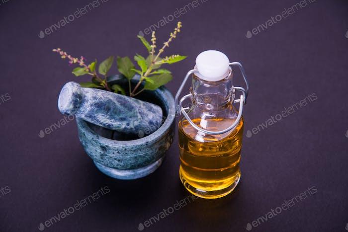 Ayurvedisches Tulsi-Öl