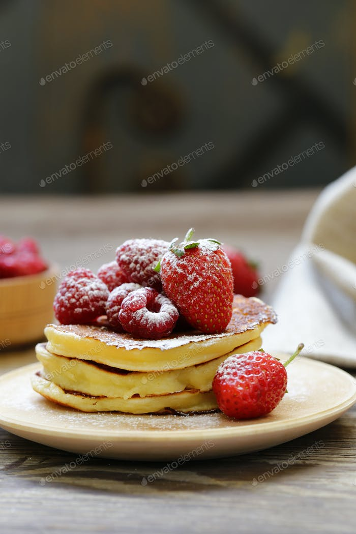 Pancake with Raspberries