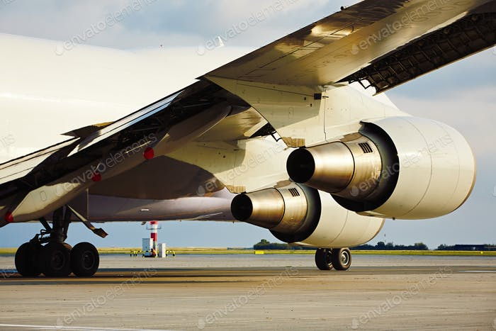 Engines of the cargo airplane