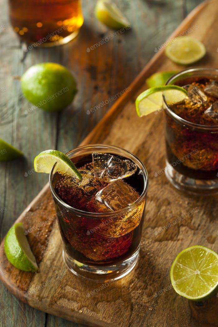 Rum und Cola Cuba Libre