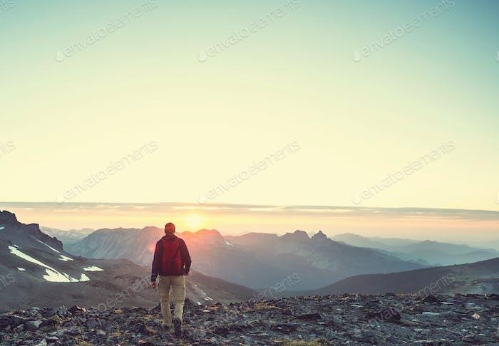 Wanderung bei Sonnenuntergang
