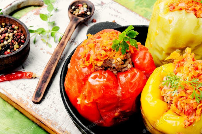 Stuffed pepper with meat