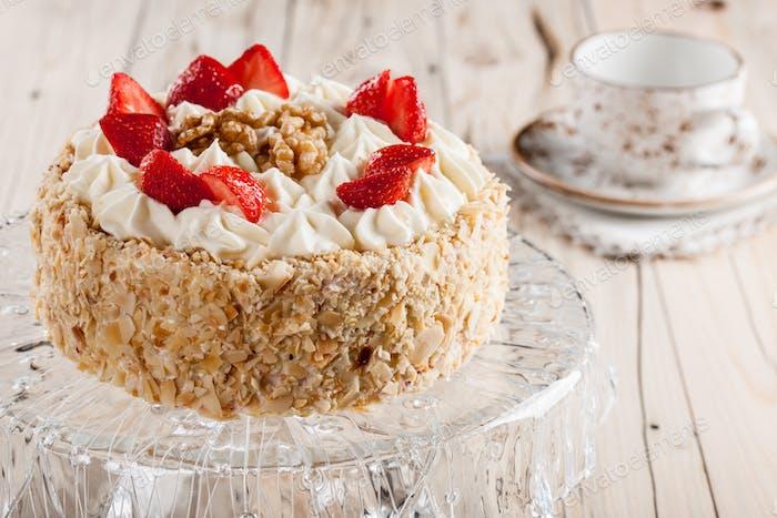 Nut cake with strawberry