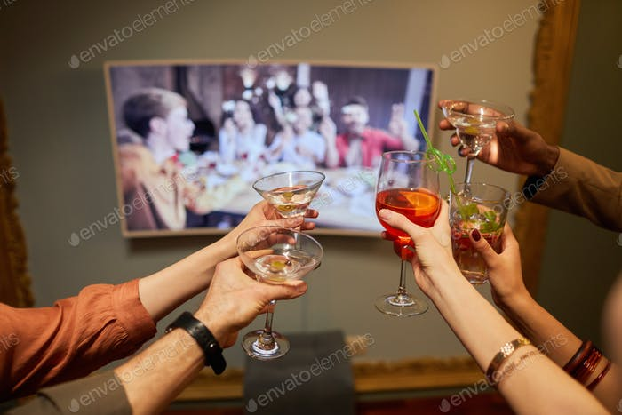 Celebrando en línea