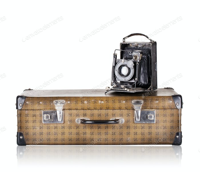 The suitcase with old camera