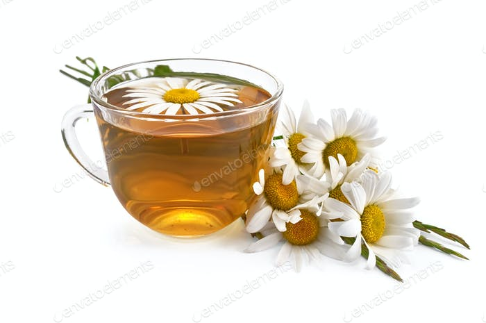 Herbal teas with a bouquet of daisies