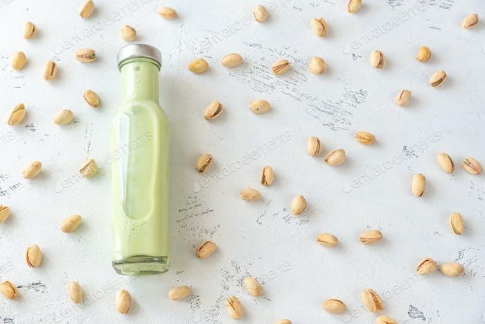 Flasche Pistazienmilch
