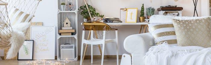 Neues Zimmer im skandinavischen Stil